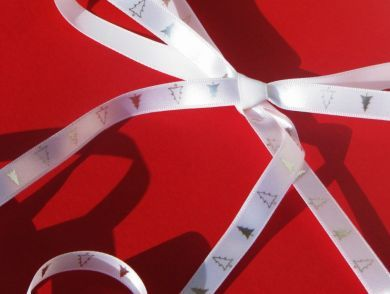 White and Silver Christmas Tree Ribbon