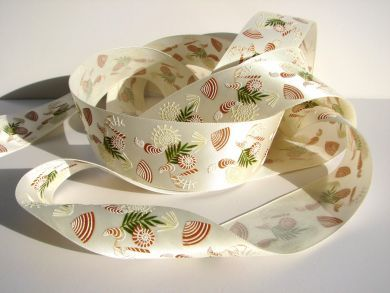 Cream Seashell Ribbon